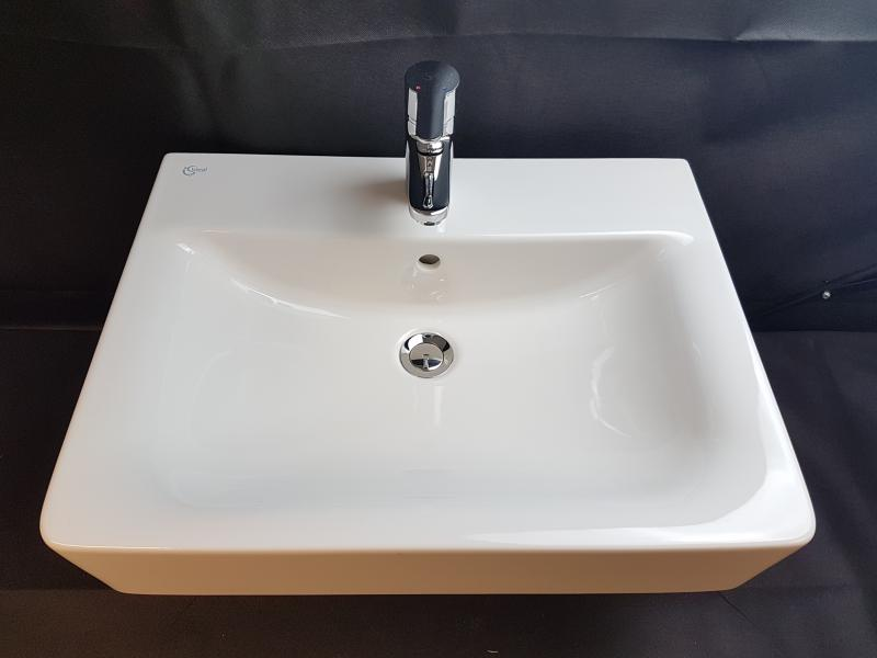ideal standard waschbecken wei inkl armatur b ware ebay. Black Bedroom Furniture Sets. Home Design Ideas